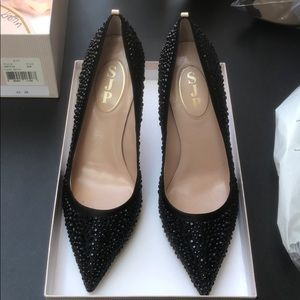 Signed by SJP black pumps size 8